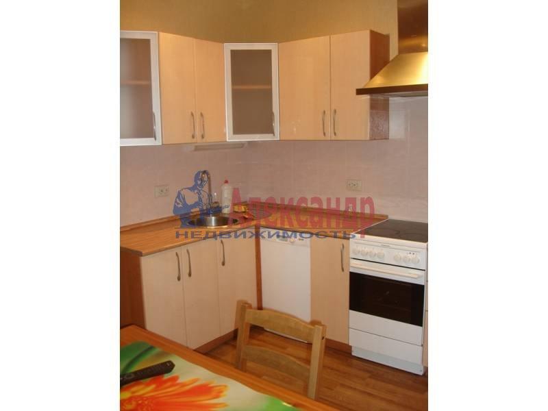 Комната в 2-комнатной квартире (62м2) в аренду по адресу Комендантский пр., 17— фото 4 из 4