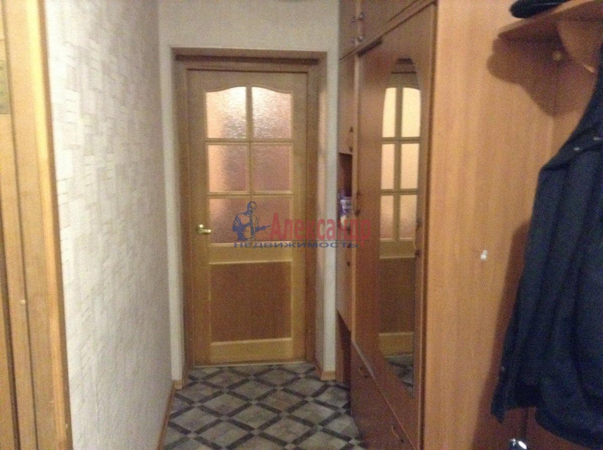 2-комнатная квартира (62м2) в аренду по адресу Савушкина ул., 138— фото 3 из 9