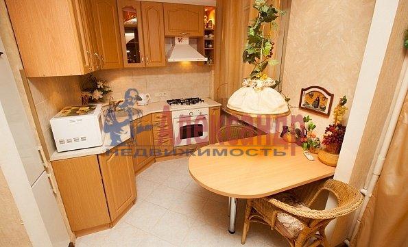 1-комнатная квартира (35м2) в аренду по адресу Обуховской Обороны пр., 117— фото 2 из 4