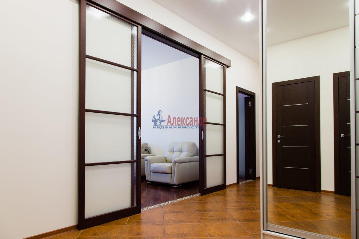 2-комнатная квартира (85м2) в аренду по адресу 26 линия В.О., 15— фото 4 из 16