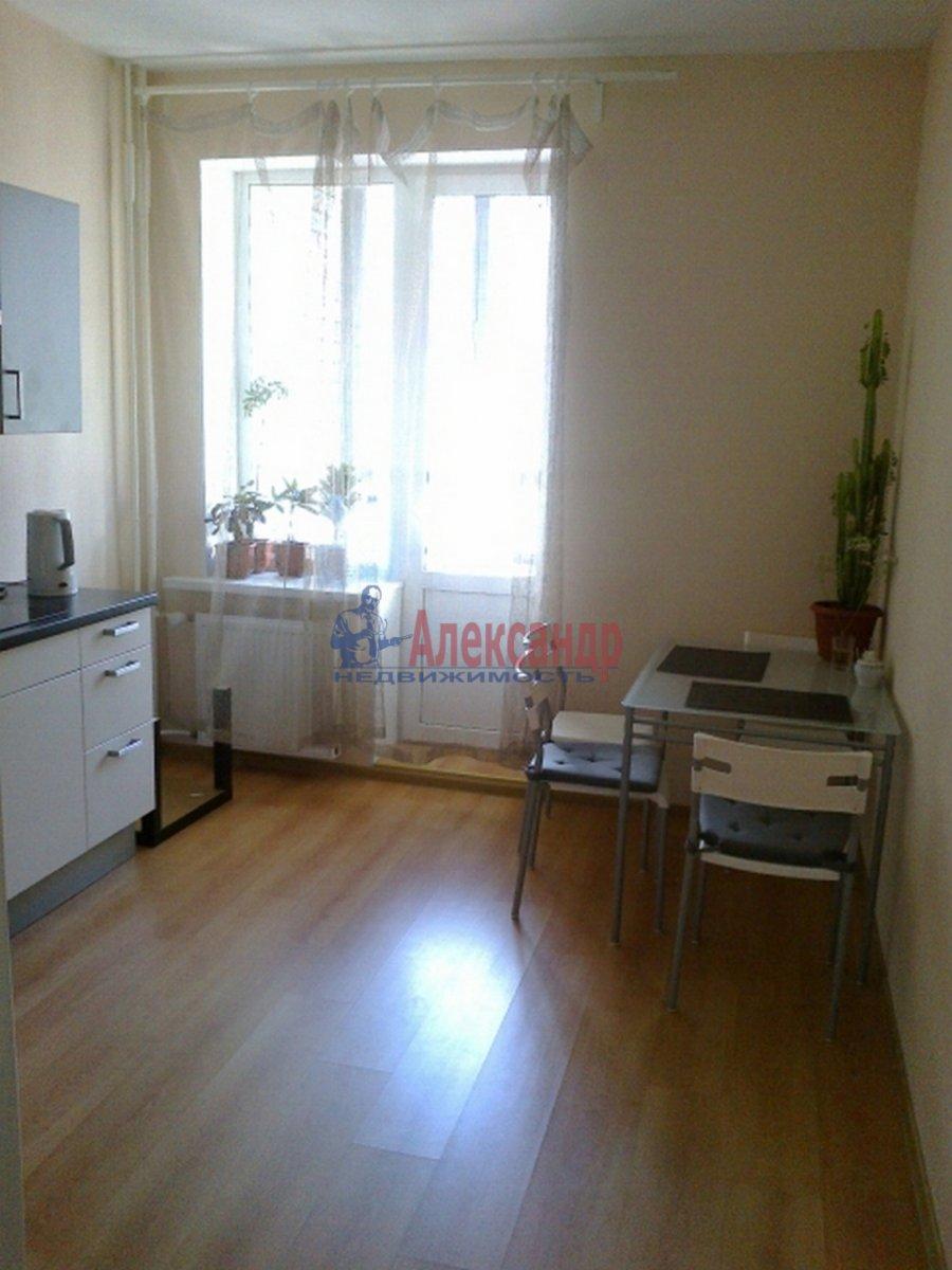1-комнатная квартира (43м2) в аренду по адресу Композиторов ул., 12— фото 1 из 4