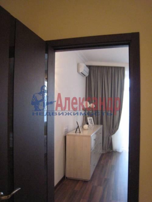 2-комнатная квартира (75м2) в аренду по адресу Смольного ул., 2— фото 1 из 8