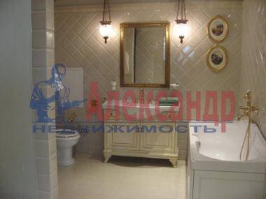 2-комнатная квартира (89м2) в аренду по адресу Динамо пр., 2— фото 4 из 5
