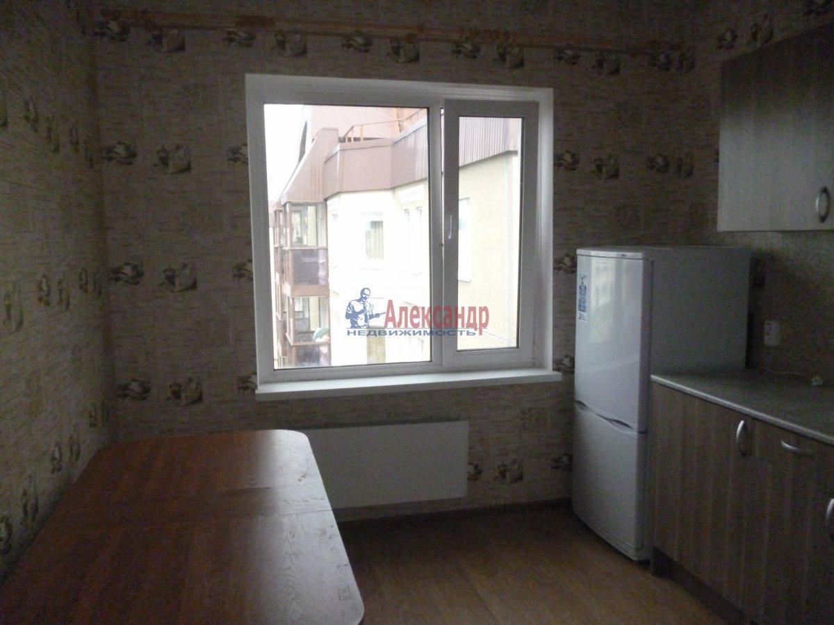 3-комнатная квартира (76м2) в аренду по адресу Пушкин г., Саперная ул., 48— фото 3 из 17