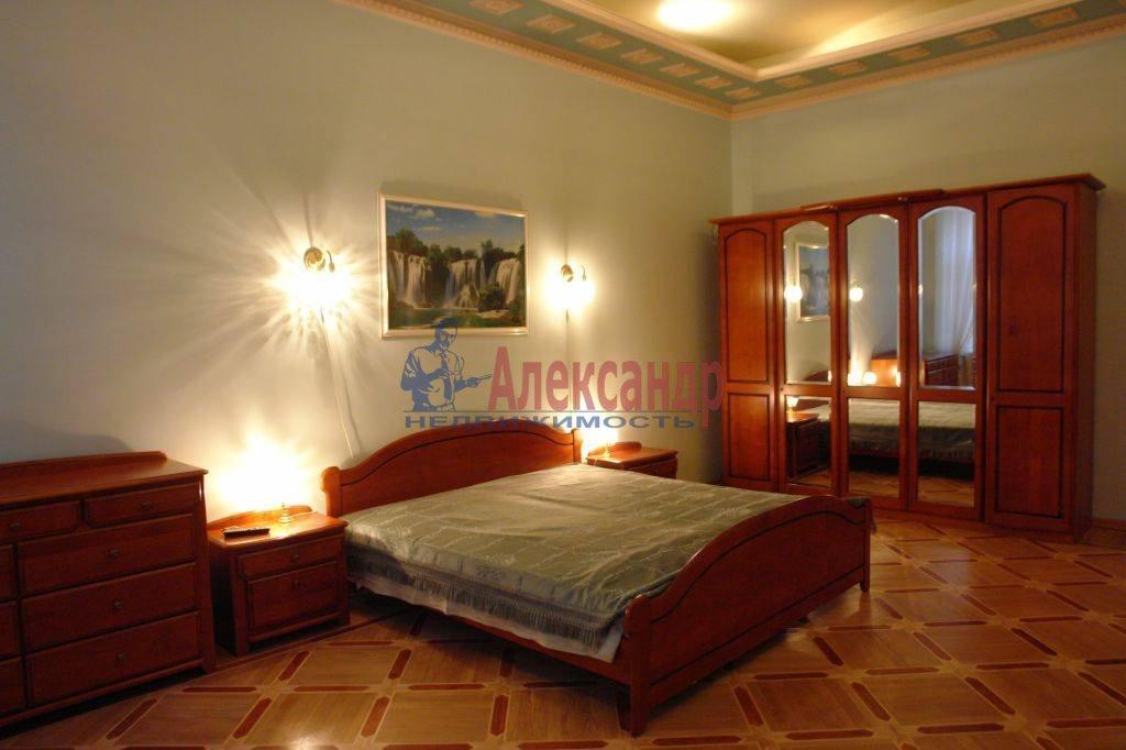 4-комнатная квартира (182м2) в аренду по адресу Галерная ул., 19— фото 10 из 14