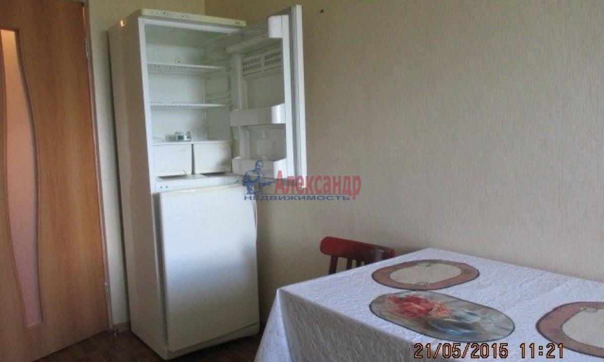 1-комнатная квартира (40м2) в аренду по адресу Котина ул., 8— фото 2 из 7