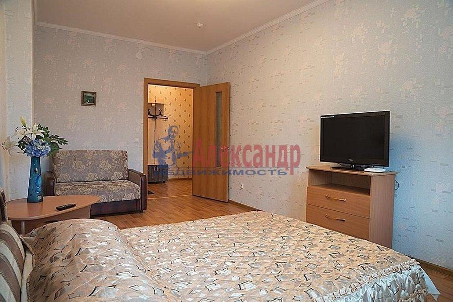2-комнатная квартира (62м2) в аренду по адресу Ленинский пр., 76— фото 3 из 5
