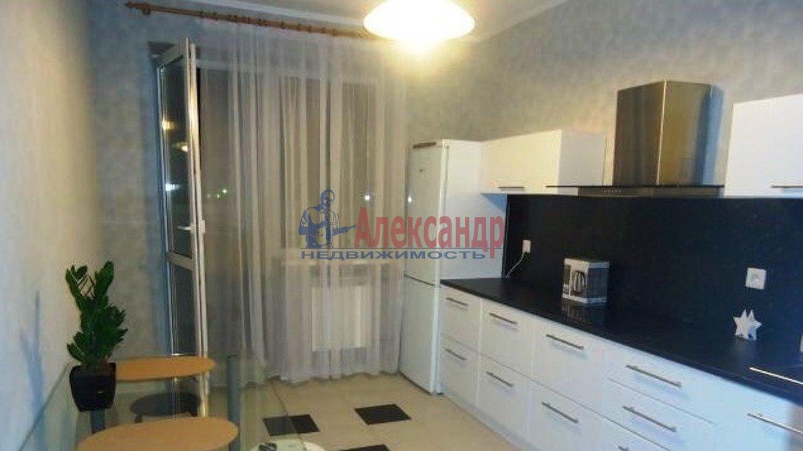 2-комнатная квартира (60м2) в аренду по адресу Выборгское шос., 15— фото 3 из 3