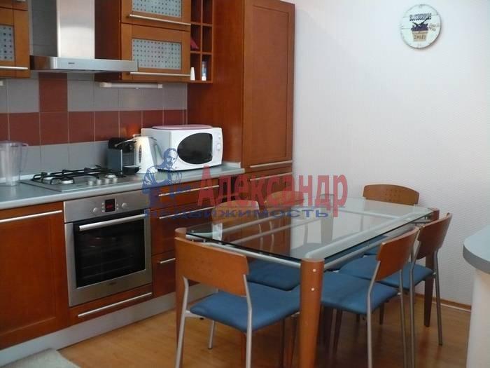 2-комнатная квартира (80м2) в аренду по адресу Кутузова наб., 30— фото 2 из 6