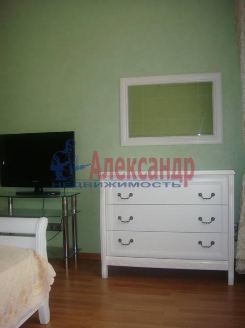 2-комнатная квартира (65м2) в аренду по адресу Ленсовета ул., 88— фото 7 из 13