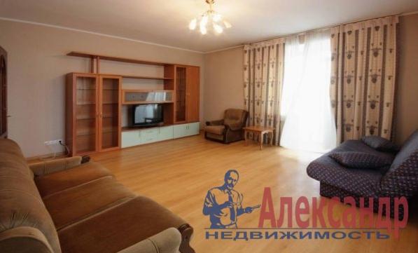 2-комнатная квартира (61м2) в аренду по адресу Новаторов бул., 11— фото 2 из 5