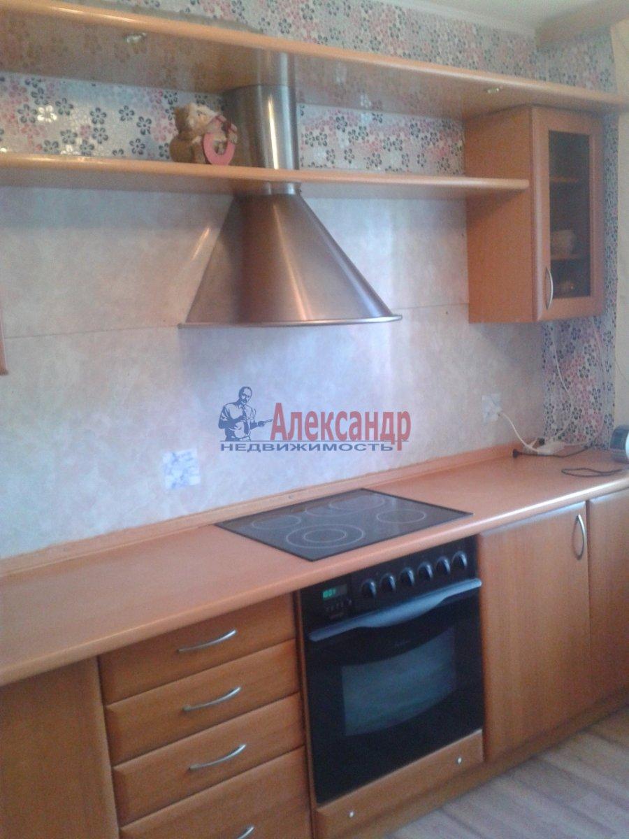 2-комнатная квартира (54м2) в аренду по адресу Шлиссельбургский пр., 34— фото 1 из 15