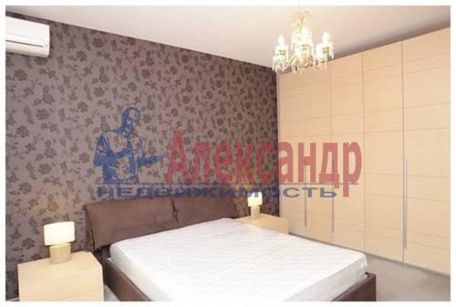 2-комнатная квартира (75м2) в аренду по адресу Савушкина ул., 125— фото 2 из 7