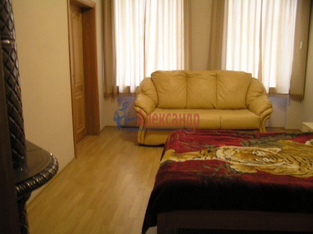 1-комнатная квартира (38м2) в аренду по адресу Гаккелевская ул., 25— фото 1 из 2