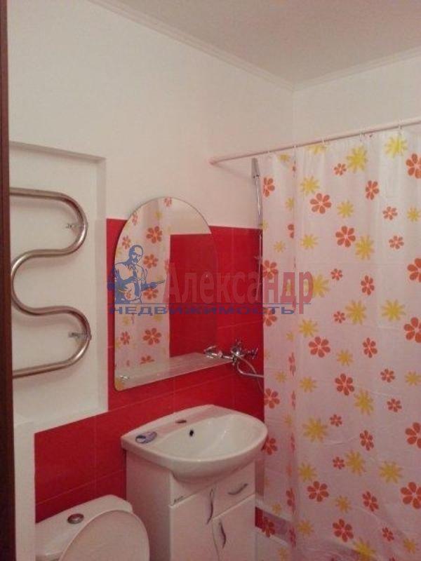 1-комнатная квартира (40м2) в аренду по адресу Науки пр., 17— фото 3 из 17