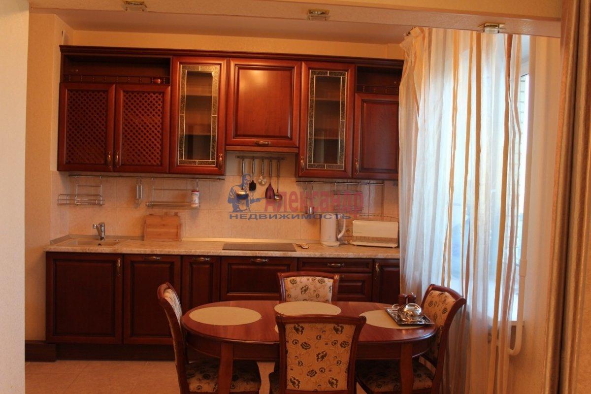 1-комнатная квартира (40м2) в аренду по адресу Космонавтов просп., 65— фото 1 из 13