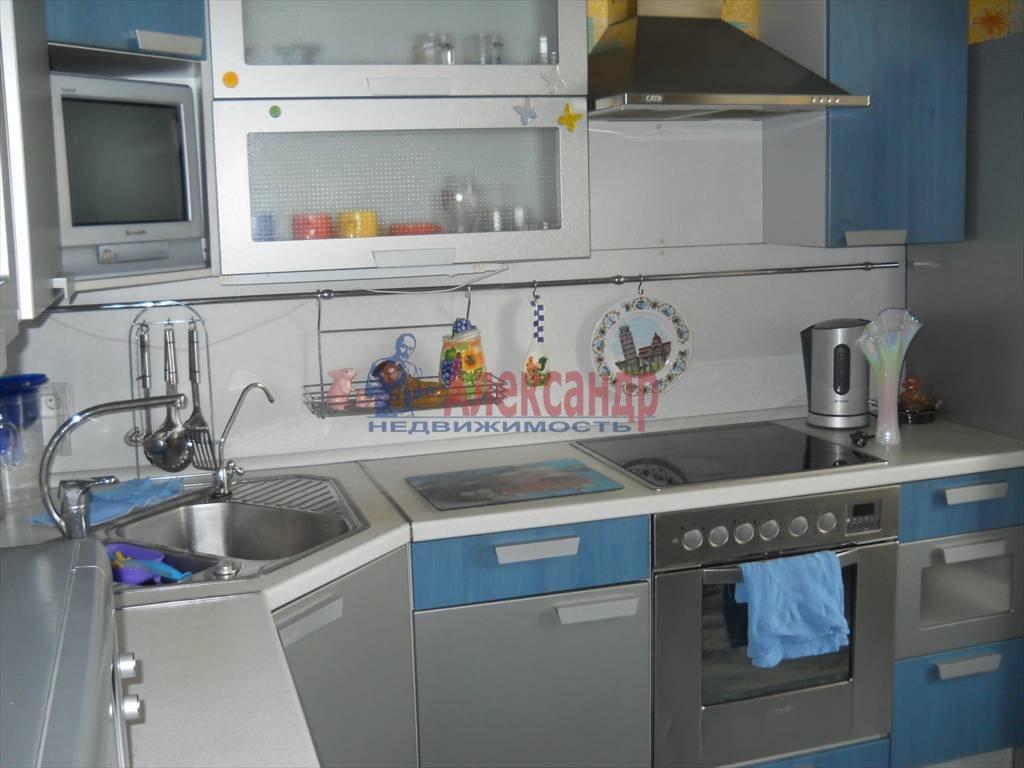 2-комнатная квартира (60м2) в аренду по адресу Кораблестроителей ул.— фото 1 из 12