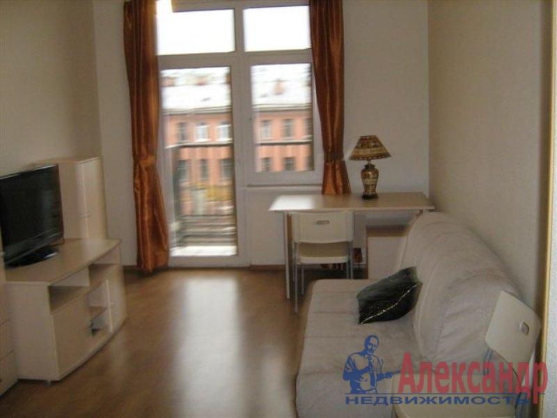 1-комнатная квартира (35м2) в аренду по адресу Ткачей ул., 52— фото 2 из 2