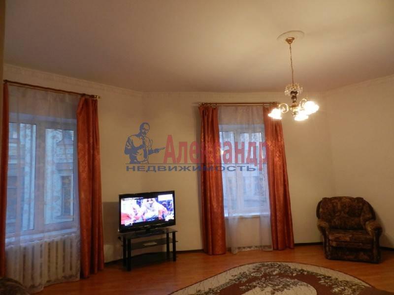 3-комнатная квартира (90м2) в аренду по адресу Большой пр., 71— фото 3 из 5