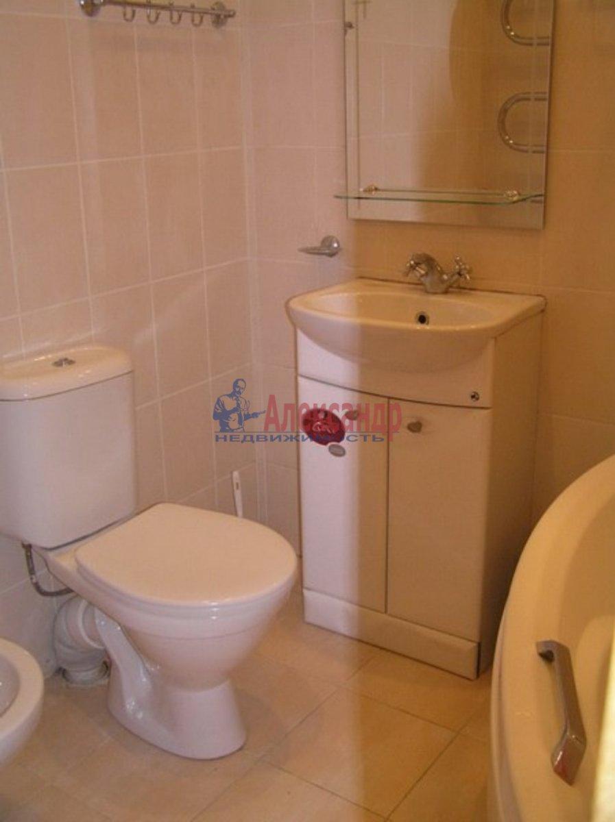 1-комнатная квартира (38м2) в аренду по адресу Гаккелевская ул., 25— фото 2 из 2