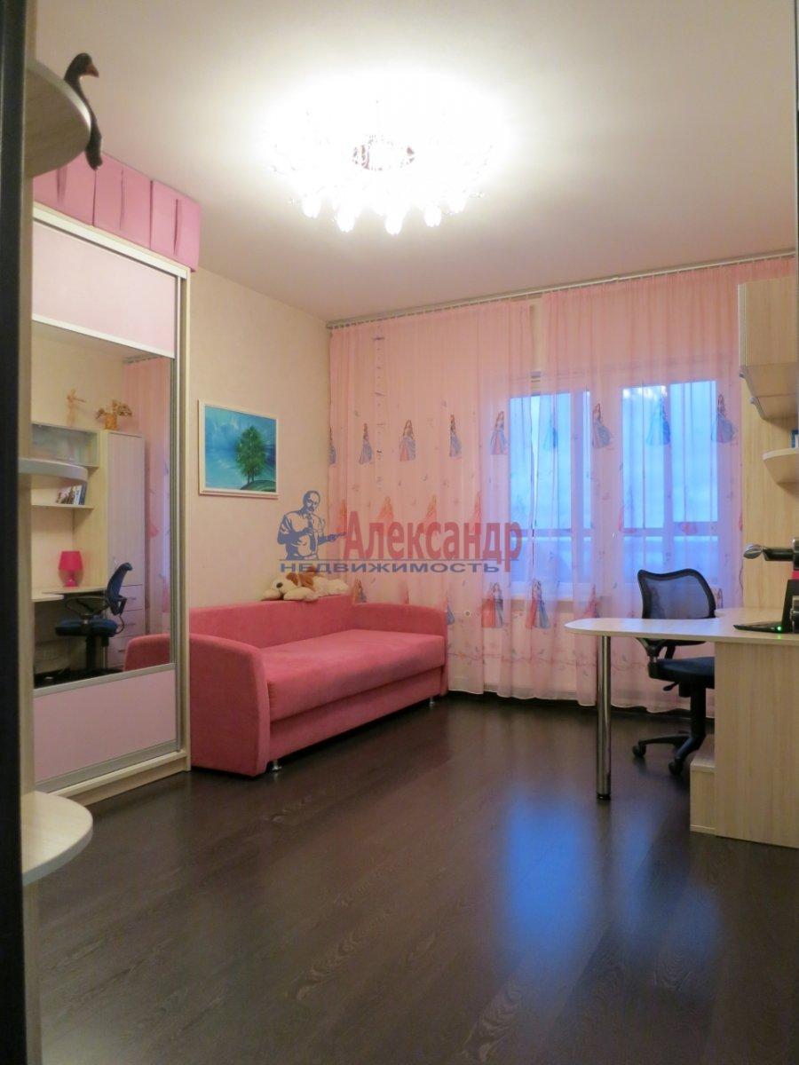 2-комнатная квартира (69м2) в аренду по адресу Ленсовета ул., 69— фото 3 из 6