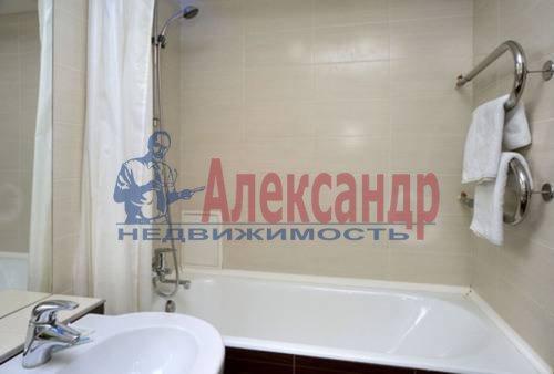 1-комнатная квартира (49м2) в аренду по адресу Комендантский пр., 17— фото 4 из 5