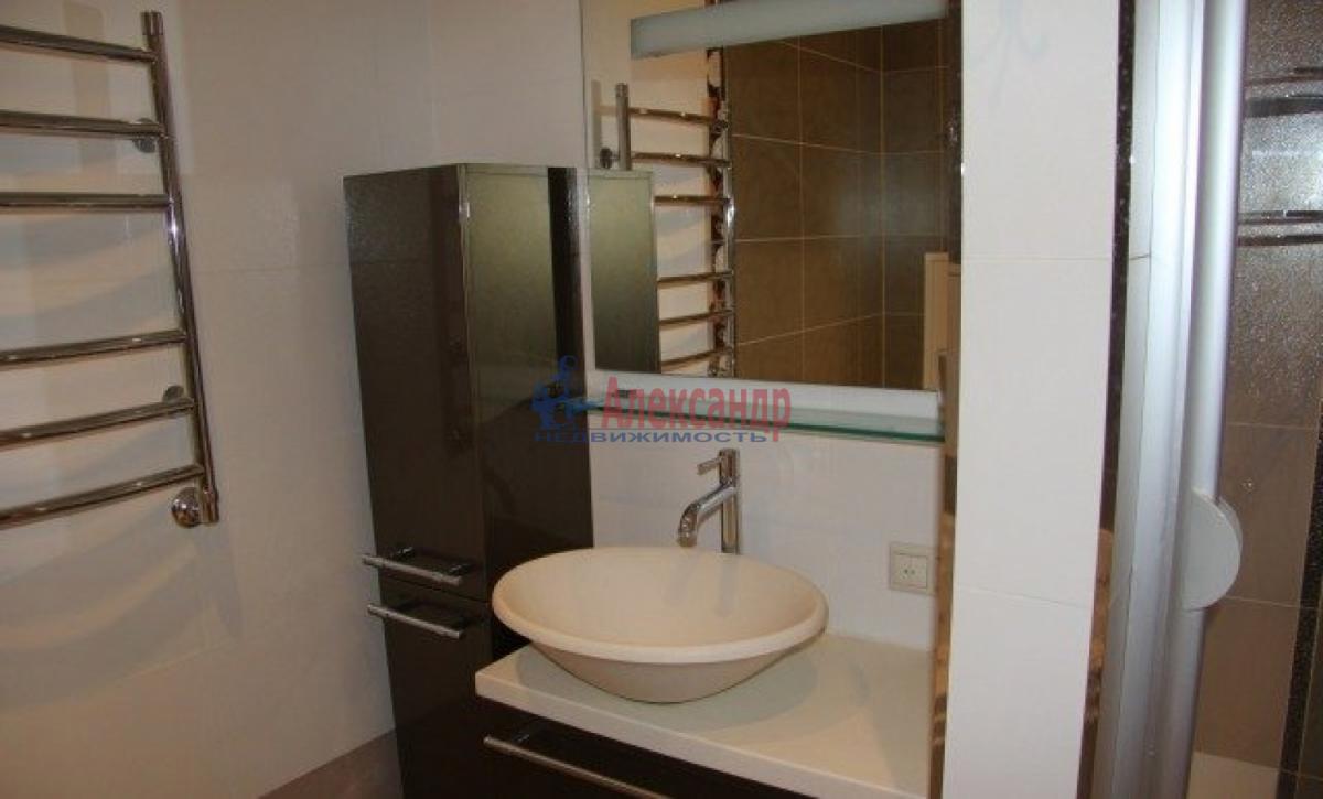1-комнатная квартира (58м2) в аренду по адресу Коломяжский пр., 28— фото 5 из 6