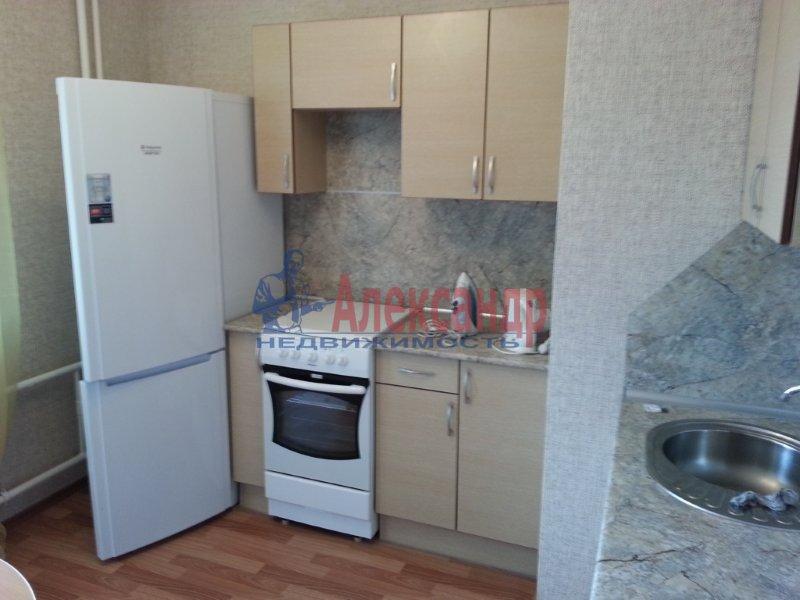 1-комнатная квартира (40м2) в аренду по адресу Науки пр., 17— фото 5 из 17