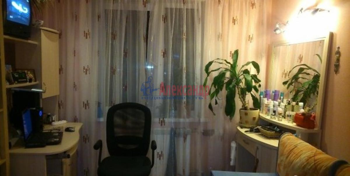 Комната в 2-комнатной квартире (54м2) в аренду по адресу Новаторов бул., 14— фото 1 из 7
