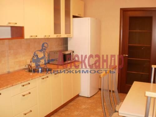 2-комнатная квартира (68м2) в аренду по адресу Энгельса пр., 148— фото 2 из 9