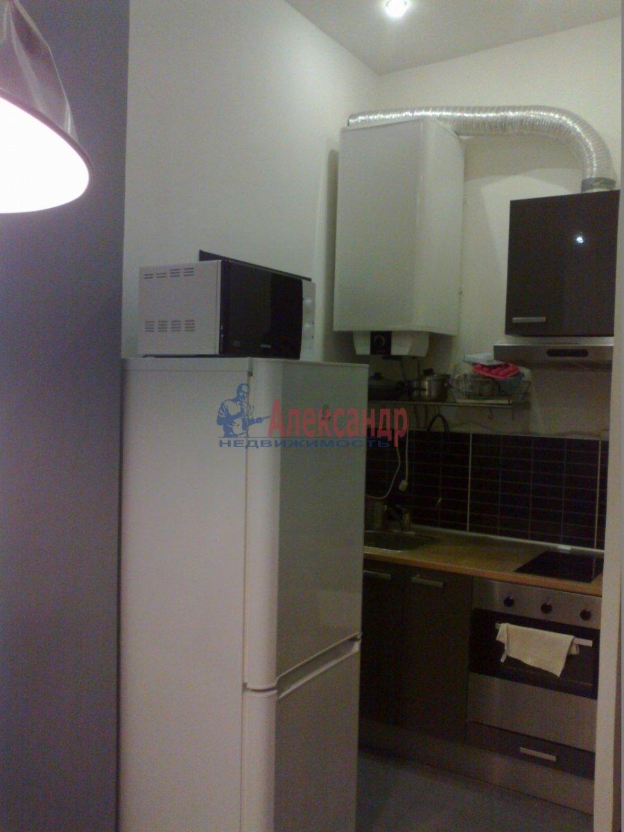 1-комнатная квартира (38м2) в аренду по адресу Полозова ул.— фото 9 из 9