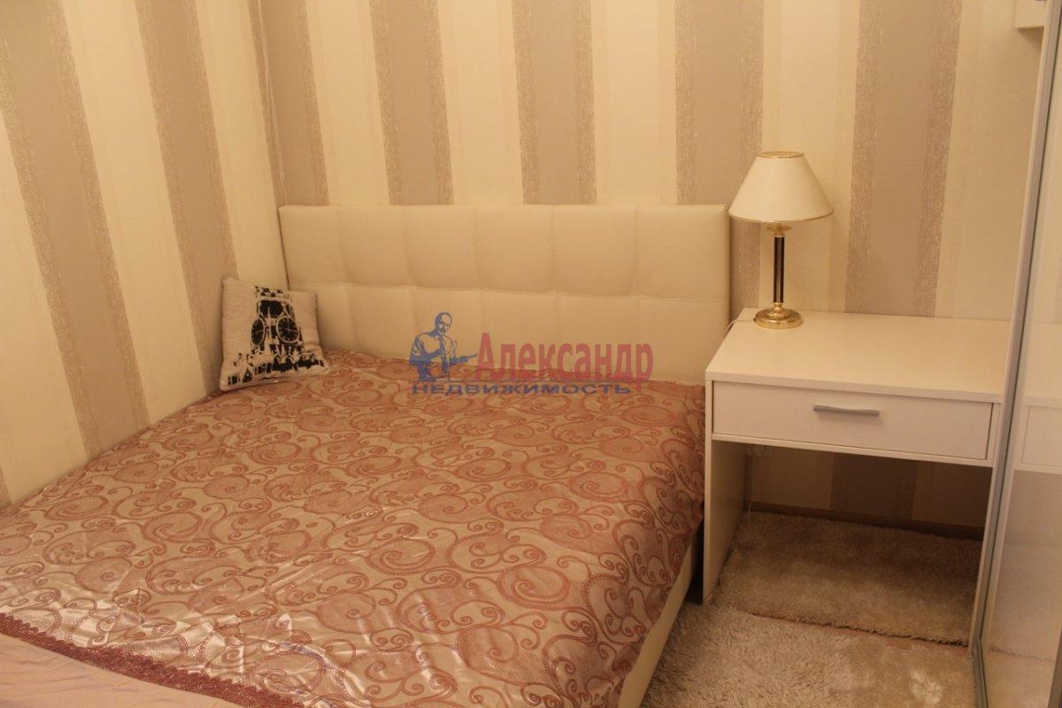 1-комнатная квартира (40м2) в аренду по адресу Космонавтов просп., 65— фото 8 из 13