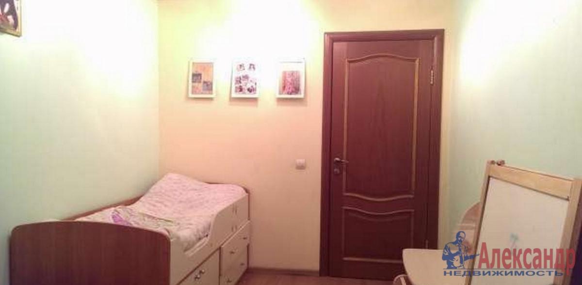 3-комнатная квартира (80м2) в аренду по адресу Васи Алексеева ул., 7— фото 3 из 4