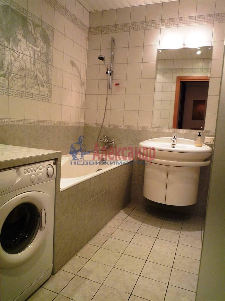 2-комнатная квартира (104м2) в аренду по адресу Всеволода Вишневского ул., 13— фото 4 из 4
