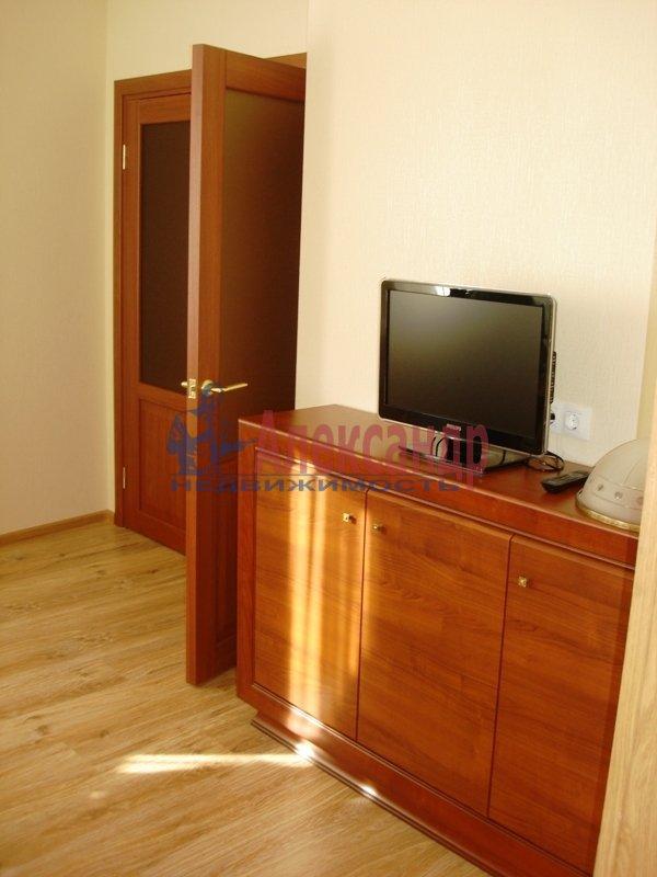 3-комнатная квартира (90м2) в аренду по адресу Выборгское шос., 33— фото 5 из 9