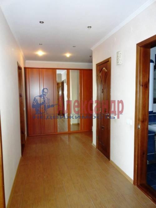 3-комнатная квартира (95м2) в аренду по адресу Асафьева ул., 5— фото 9 из 10