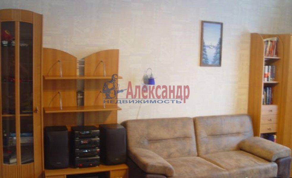3-комнатная квартира (70м2) в аренду по адресу Испытателей пр., 31— фото 3 из 6