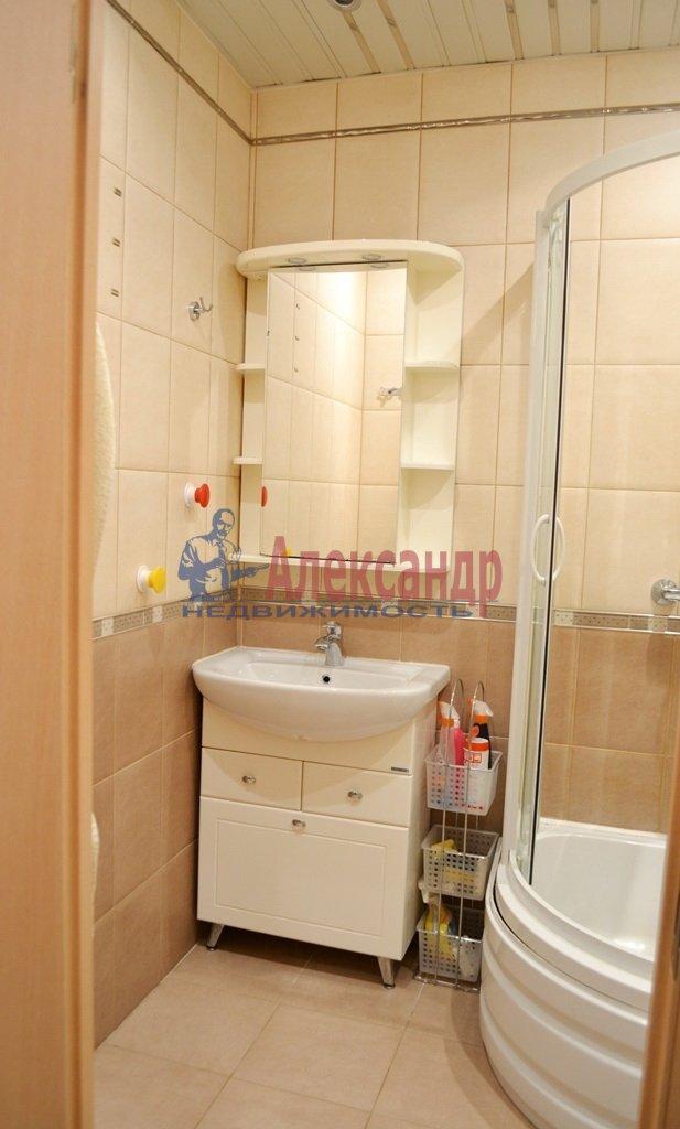 1-комнатная квартира (41м2) в аренду по адресу Шлиссельбургский пр., 24— фото 7 из 11