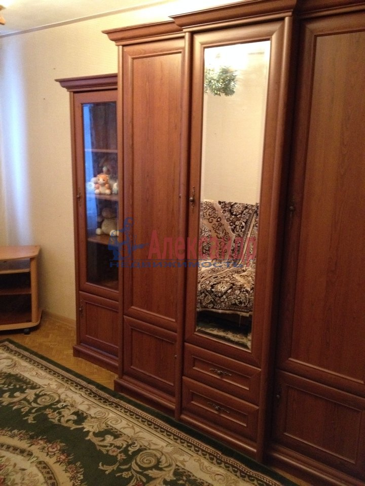 3-комнатная квартира (69м2) в аренду по адресу Подвойского ул., 17— фото 11 из 11