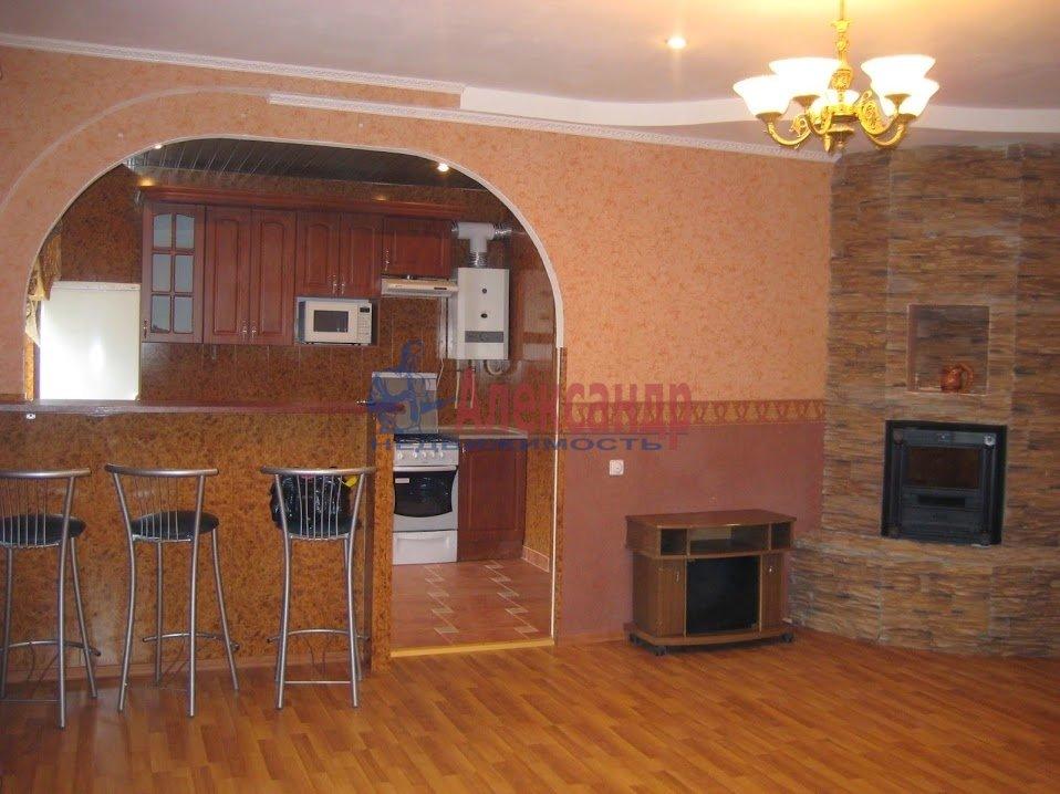 2-комнатная квартира (60м2) в аренду по адресу 12 Красноармейская ул., 34— фото 2 из 5