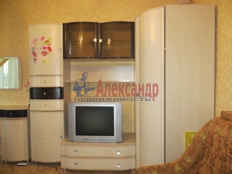 1-комнатная квартира (35м2) в аренду по адресу Институтский пр., 19— фото 1 из 3