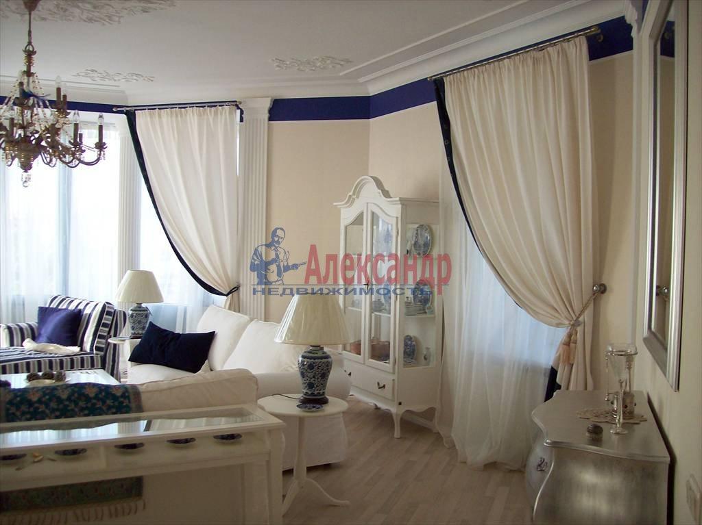 4-комнатная квартира (150м2) в аренду по адресу Реки Карповки наб., 10— фото 2 из 10