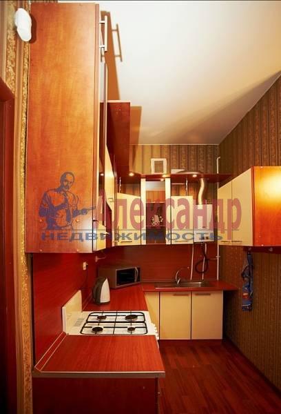 2-комнатная квартира (70м2) в аренду по адресу Реки Фонтанки наб.— фото 6 из 10