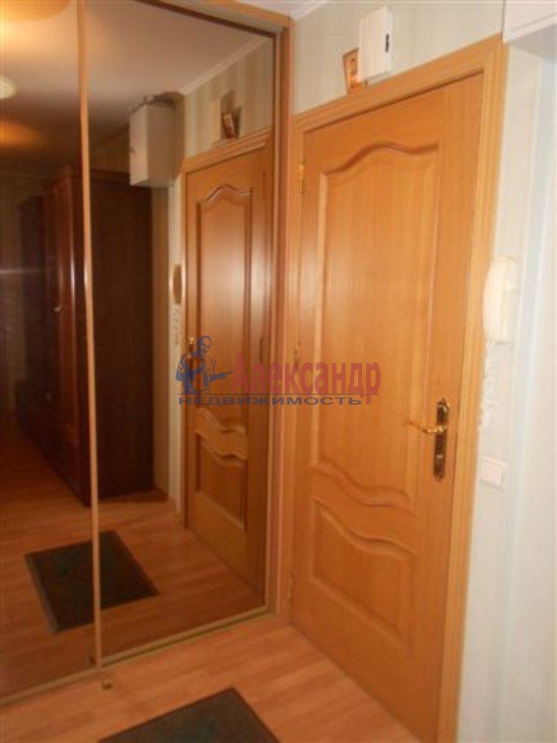 1-комнатная квартира (35м2) в аренду по адресу Дальневосточный пр., 69— фото 1 из 2