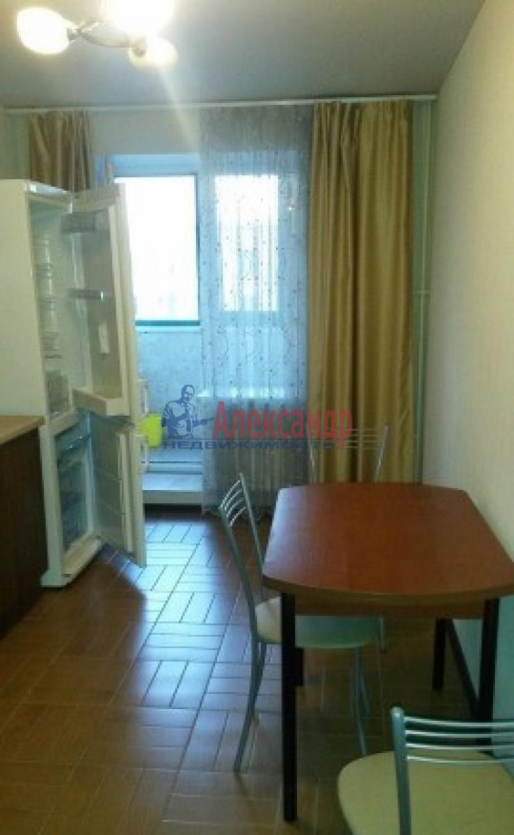1-комнатная квартира (44м2) в аренду по адресу Варшавская ул., 69— фото 7 из 9