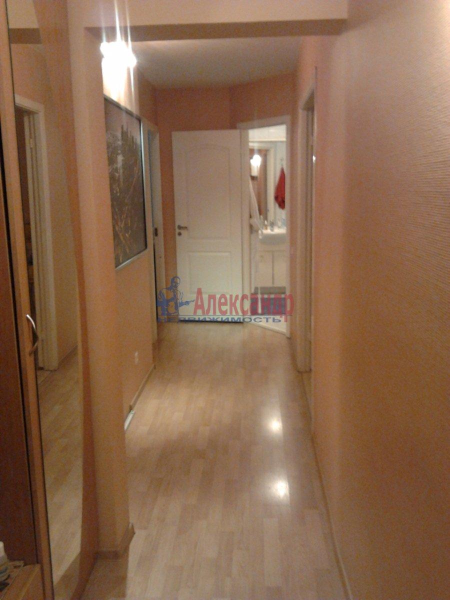 3-комнатная квартира (68м2) в аренду по адресу Наличная ул., 36— фото 4 из 10