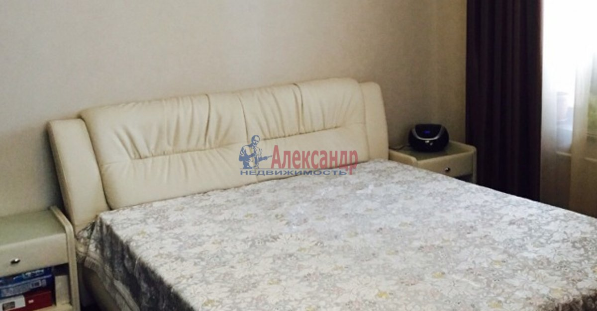 2-комнатная квартира (54м2) в аренду по адресу Ленинский пр., 178— фото 2 из 4