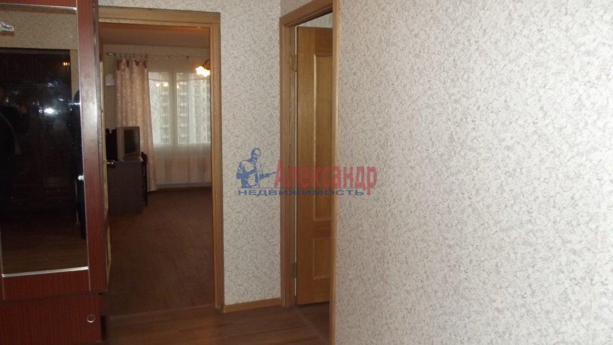 1-комнатная квартира (33м2) в аренду по адресу Малая Бухарестская ул., 10— фото 1 из 4