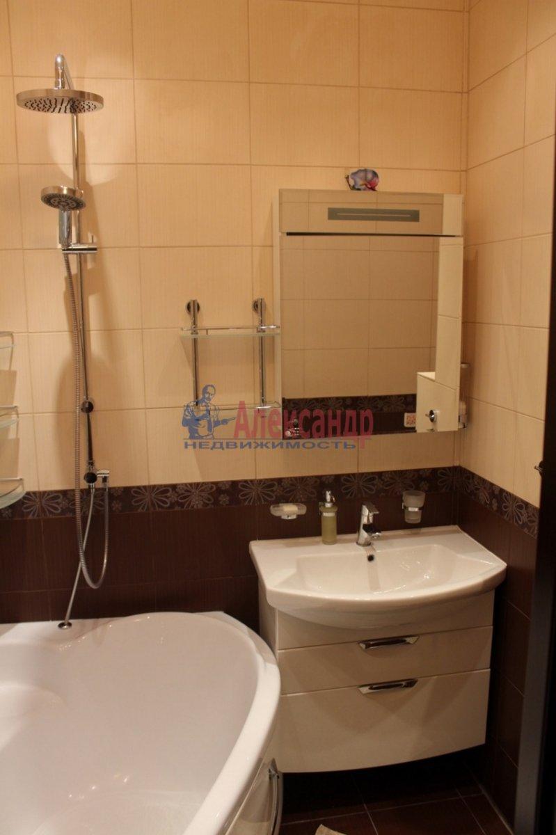 1-комнатная квартира (40м2) в аренду по адресу Космонавтов просп., 65— фото 11 из 13