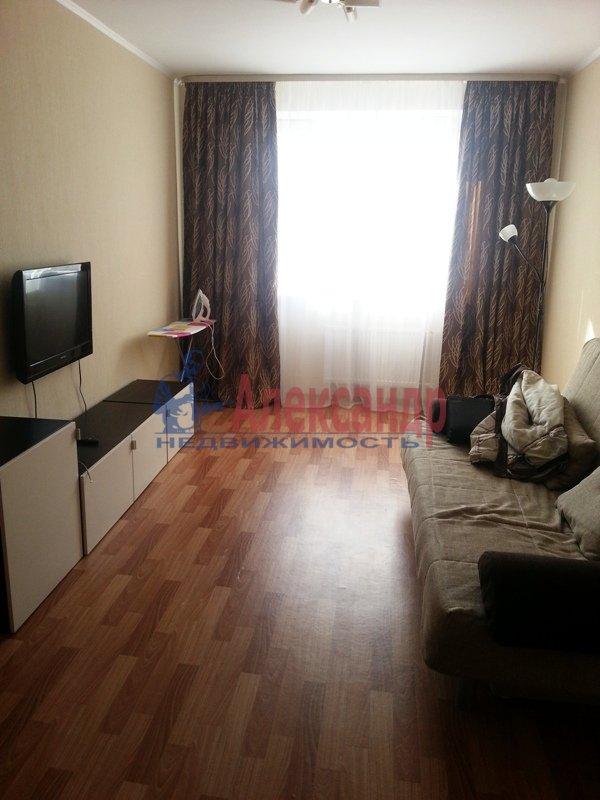 1-комнатная квартира (40м2) в аренду по адресу Науки пр., 17— фото 10 из 17